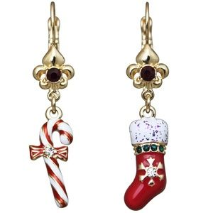 Candy Cane Christmas Leverback Earrings (Goldtone)